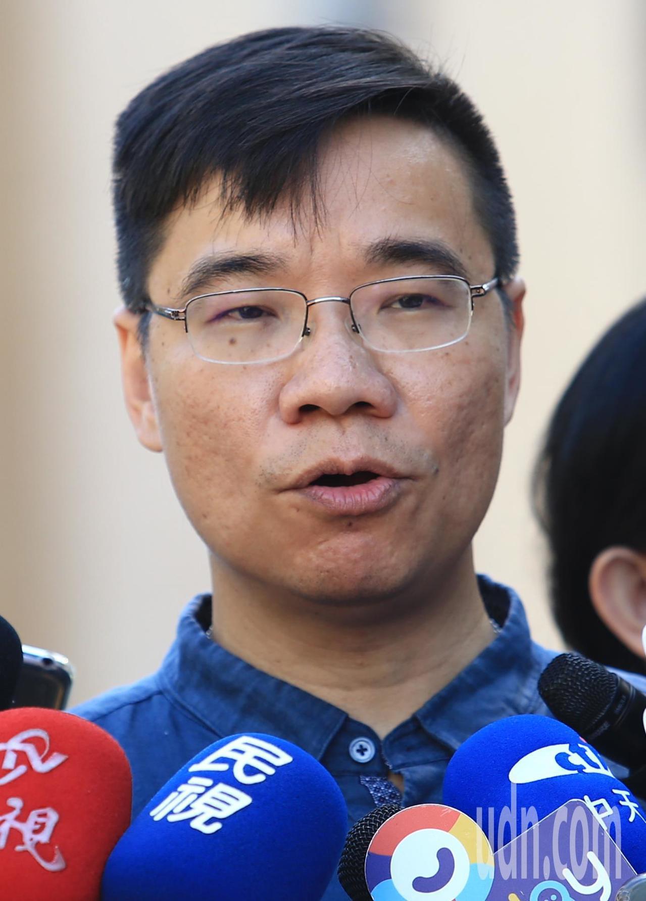 計程車派遣協會秘書長曾弘義。