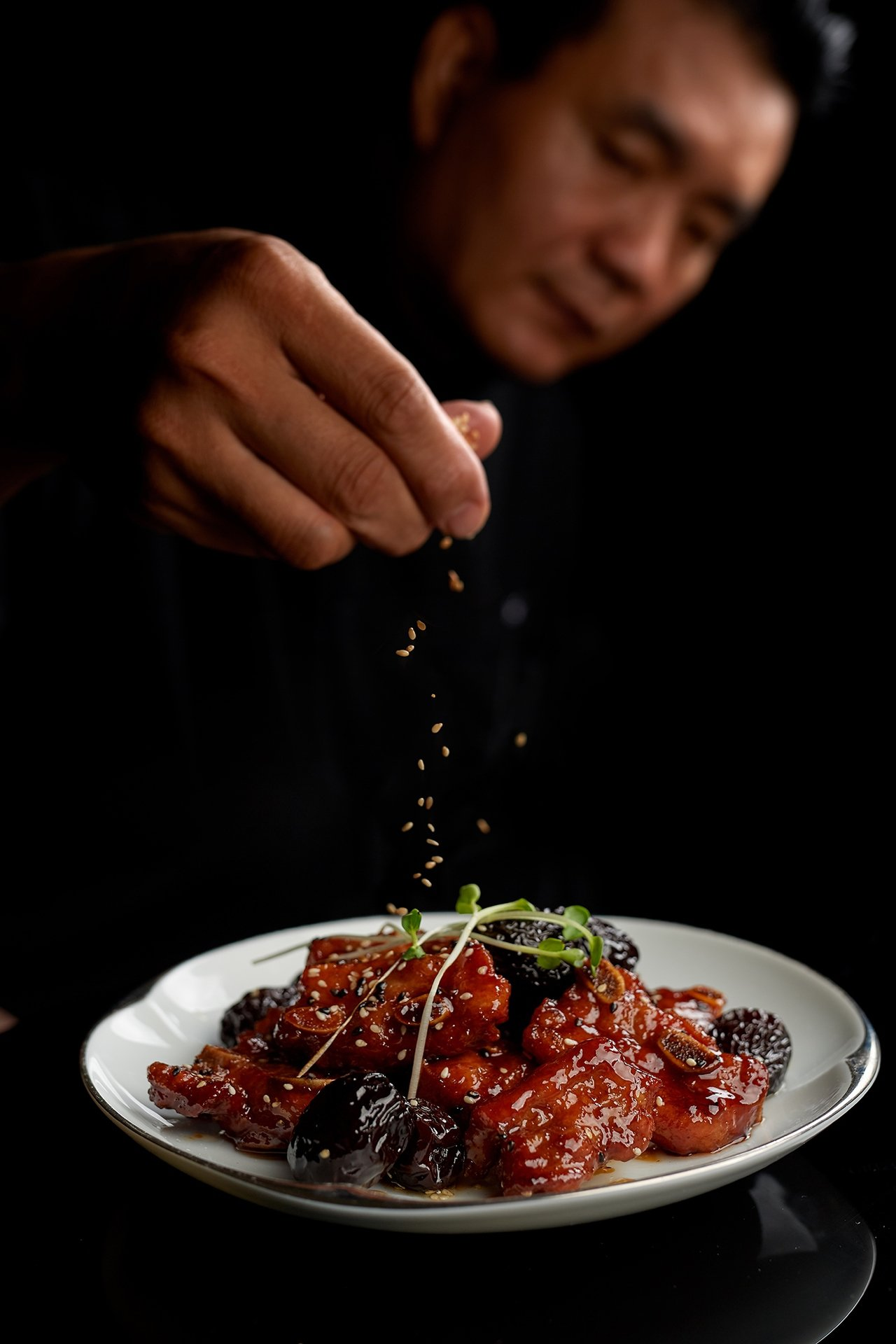 米香單點菜色「黑棗蜜汁豬肋排」。圖/台北美福提供