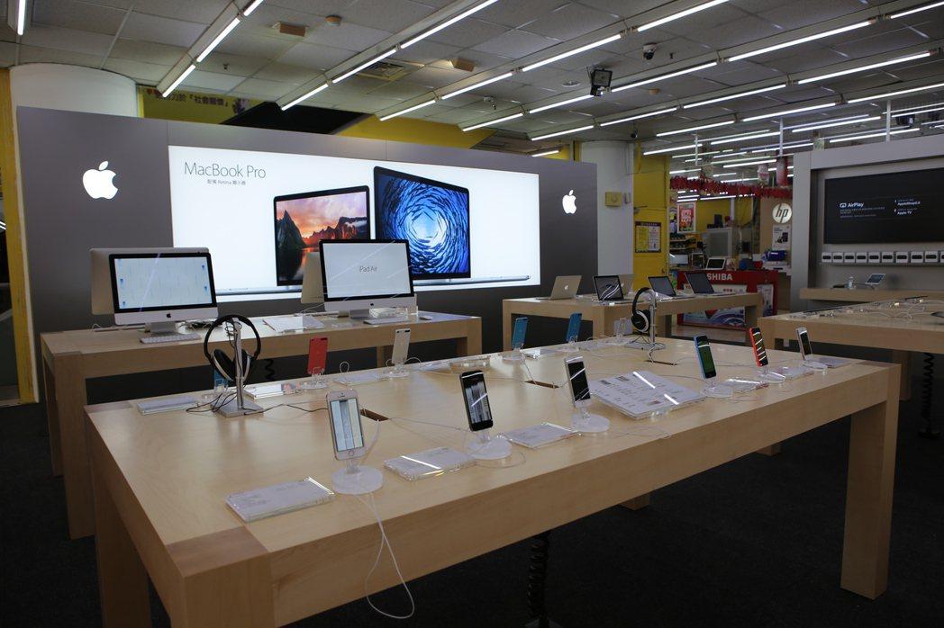 燦坤3C全台共有94家Apple授權門市,並攜手5大電信商,提供一站式購機服務。...
