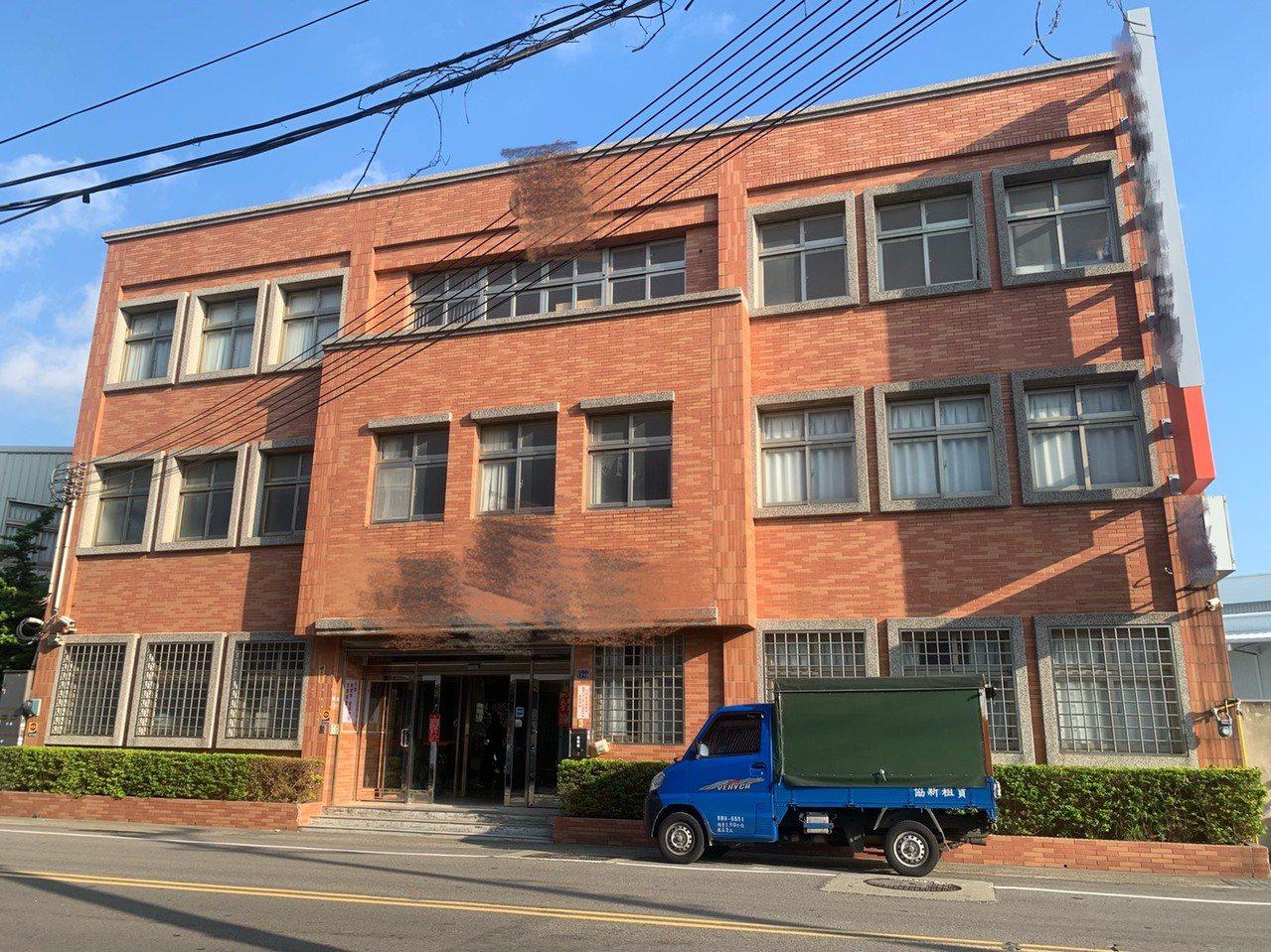 李家經營的廣告公司頗具規模,公司及工廠都設在竹北市。記者陳斯穎/攝影