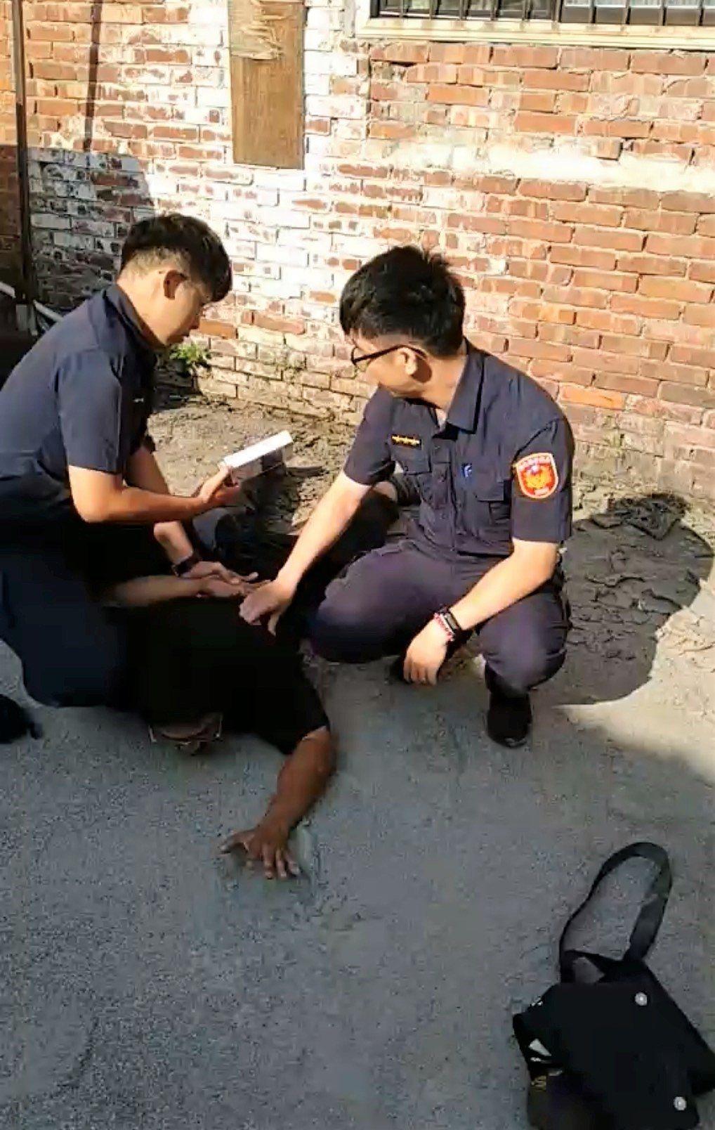 三名員警追捕竊車嫌犯,直接錯過好人好事警察表揚。記者凌筠婷/翻攝