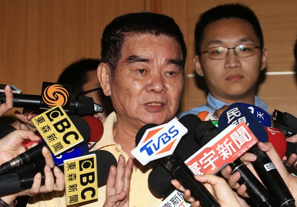 國民黨中常委姚江臨表示,只要郭連署、領表,就應以黨紀處理。記者陳正興/攝影