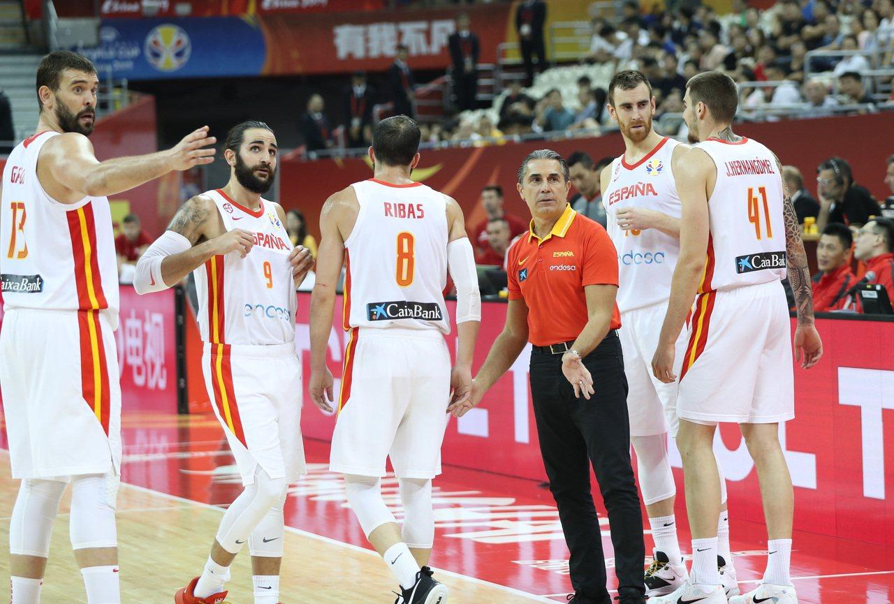 西班牙拿到奧運門票。 新華社