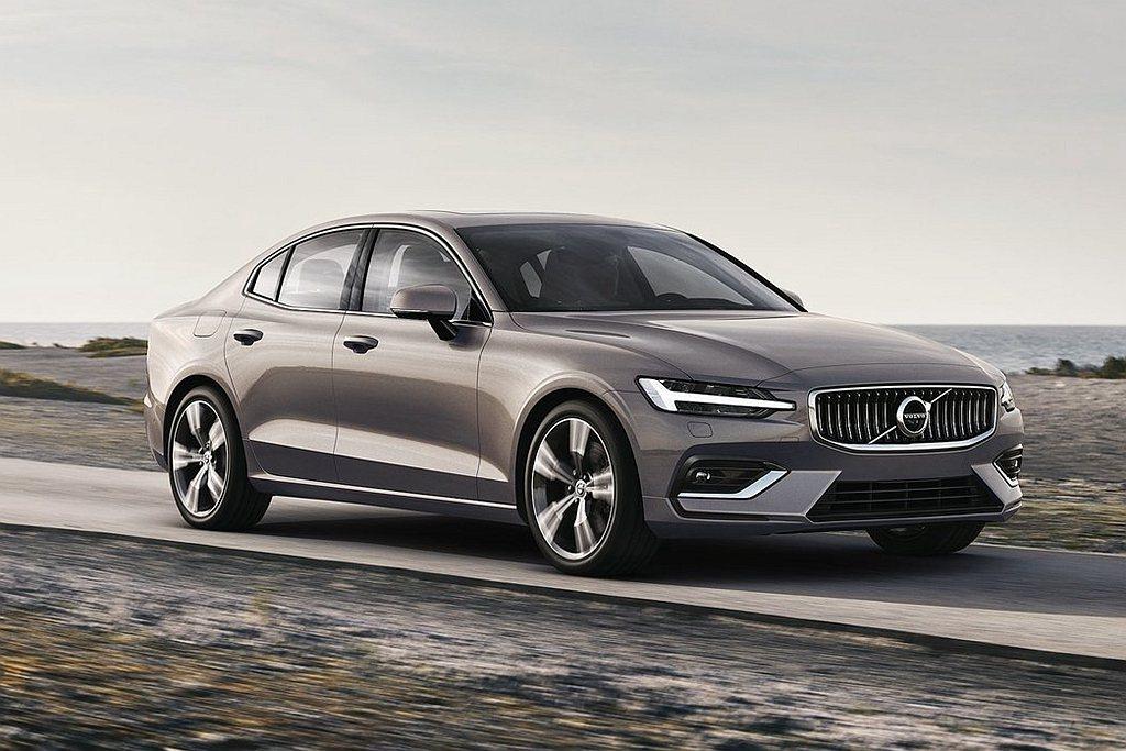 全新Volvo S60房車已經完成T4(13.3km/L)、T5 AWD(13....