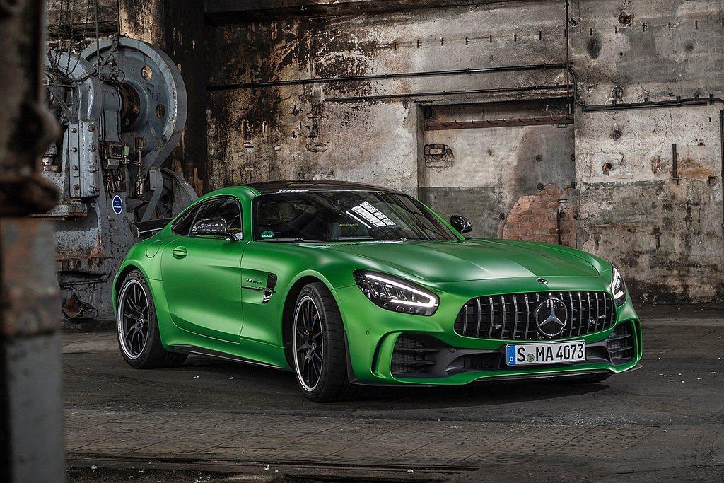 Mercedes-AMG當家超跑AMG GT,將導入最新年式車型。 圖/Merc...