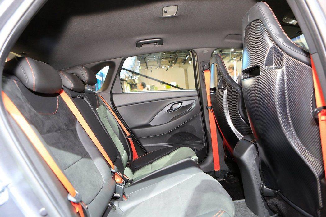 Hyundai i30 N Project C 後座。 摘自Carscoops