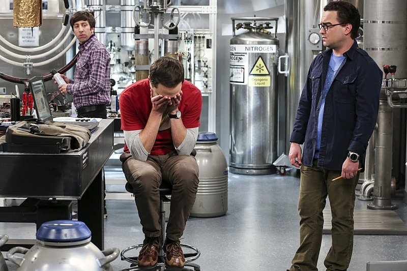 影集圍繞在四位智商破表,但在社交技巧上無能且笨拙的專業物理學家。 圖/IMDb