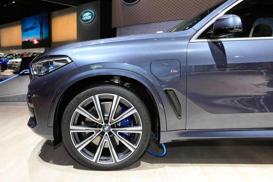 BMW X5 xDrive45e是台插電式油電混合休旅車。 摘自Carscoop...