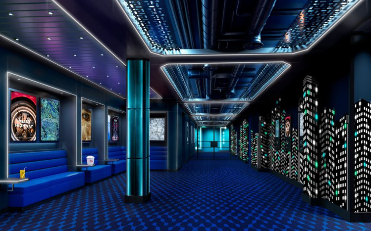 擁有海上電影院的環球夢號。圖/雲頂郵輪集團提供