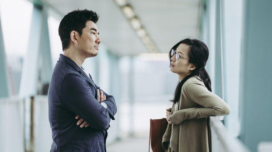 任賢齊與鄭秀文在「花椒之味」合作默契十足。圖/華映提供