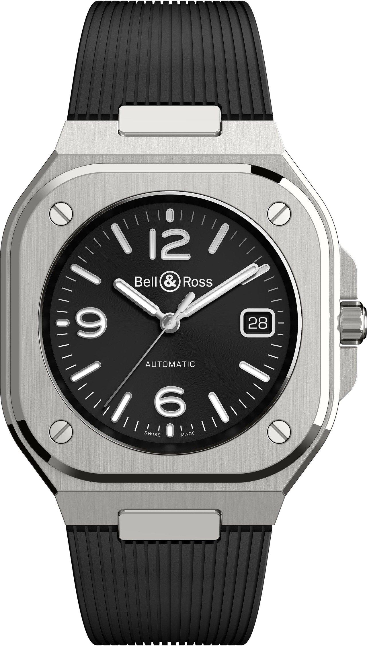 BR05 Black Steel自動上鍊腕表搭配橡膠表帶,14萬9,000元。圖...