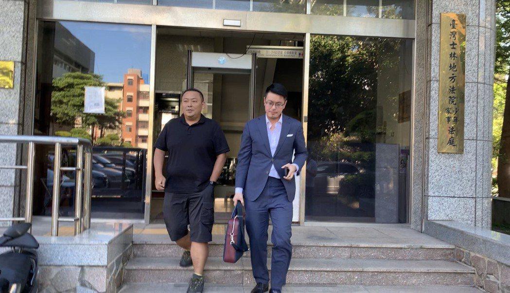 郭宗坤(左)。記者蕭雅娟/攝影