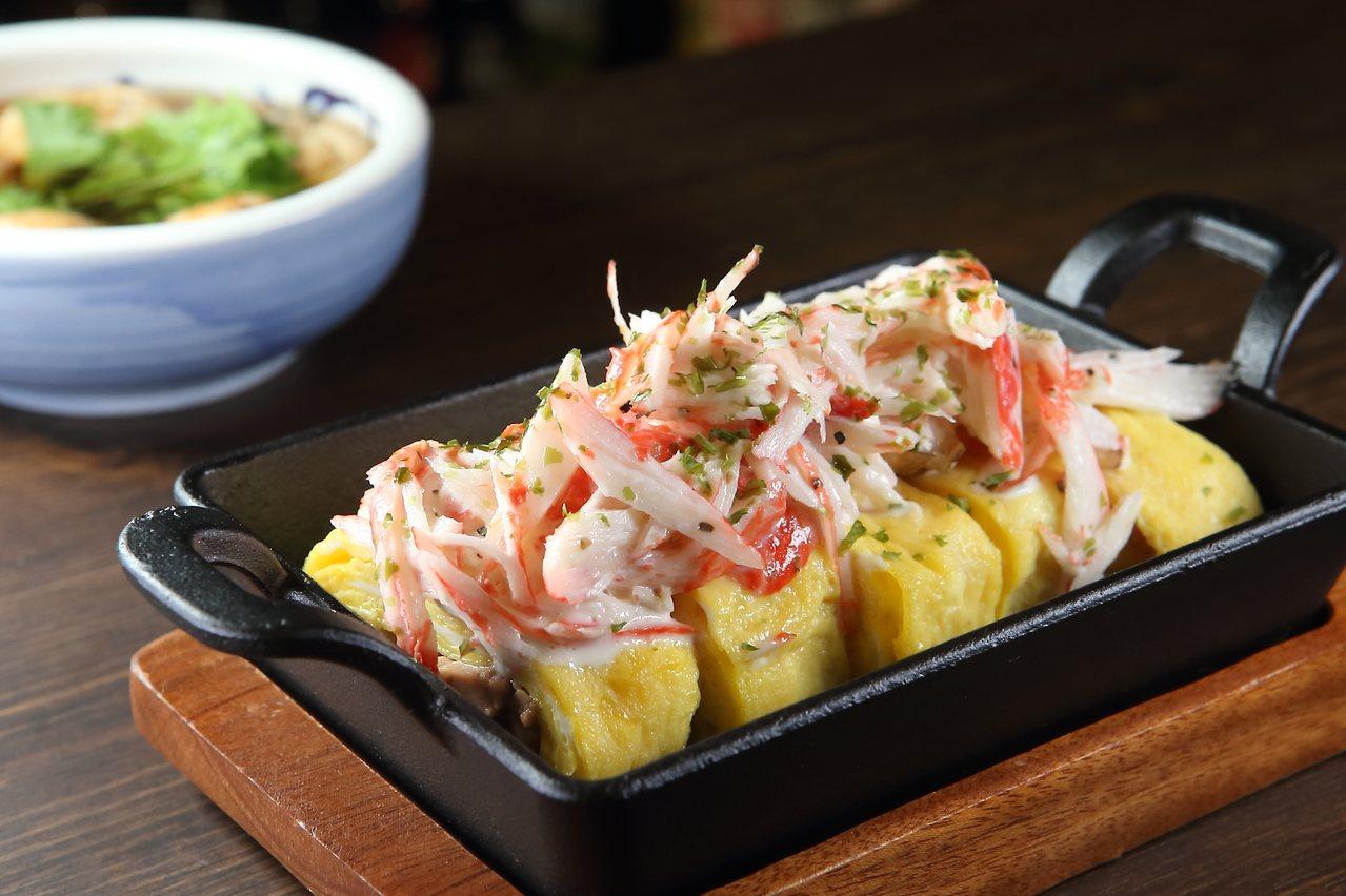 鱈魚肝蟹肉玉子燒,每份320元。記者陳睿中/攝影