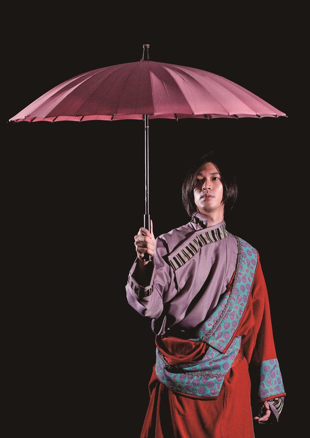 楊影素有「台大金城武」稱號。圖/玉舞蹈劇場提供