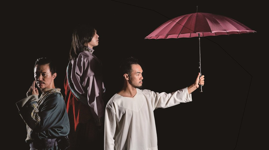 楊影(中)在劇中不用負責現代舞的部分。圖/玉舞蹈劇場提供