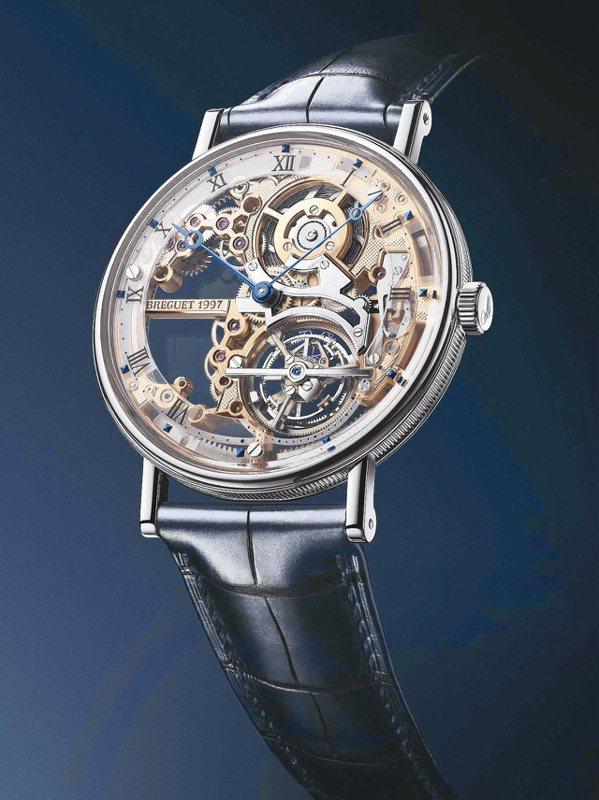寶璣經典系列超薄鏤空陀飛輪腕表,首度在台灣展出,吸引了藏家們的目光,約776萬1...