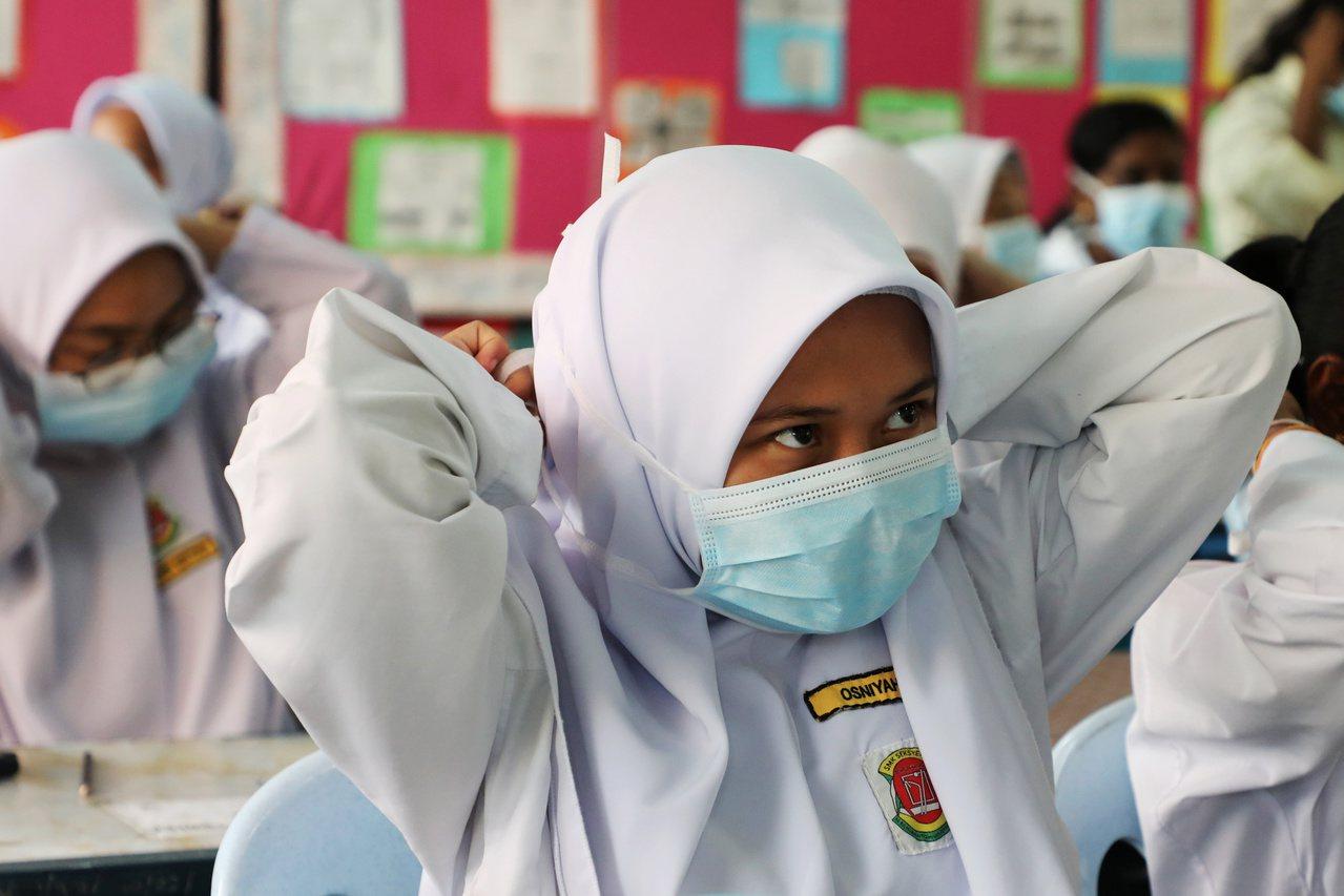 印尼煙霾飄向馬來西亞掀外交戰。 路透社