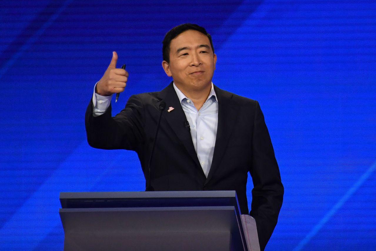 華裔參選人楊安澤力爭上游。 美聯社