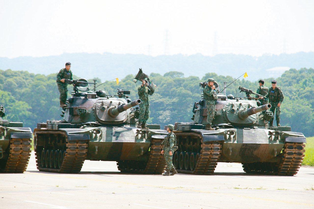 湖口校場上的CM11勇虎戰車。 記者洪哲政/攝影