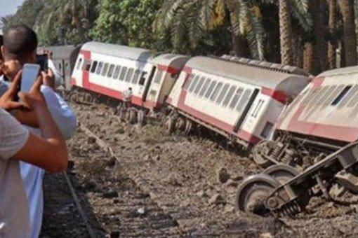 失事列車。圖擷自紐約郵報推特