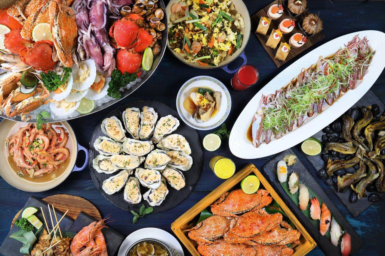 台中金典酒店栢麗廳從9月開始推出「海鮮祭-蝦蟹總匯」,多種海鮮料理輪番出現在自助...
