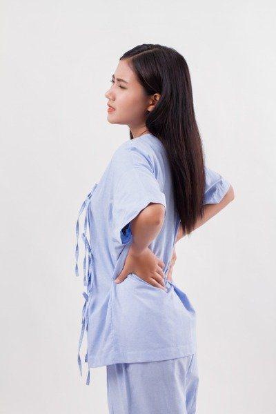 覺得長期腰痠背痛或肌肉疼痛?小心是輸尿管狹窄問題。 圖/123RF