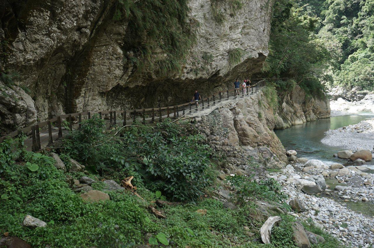 太魯閣國家公園內的砂卡礑步道,沿途景色絕美,是人氣步道,但因施工所需,將從9月2...