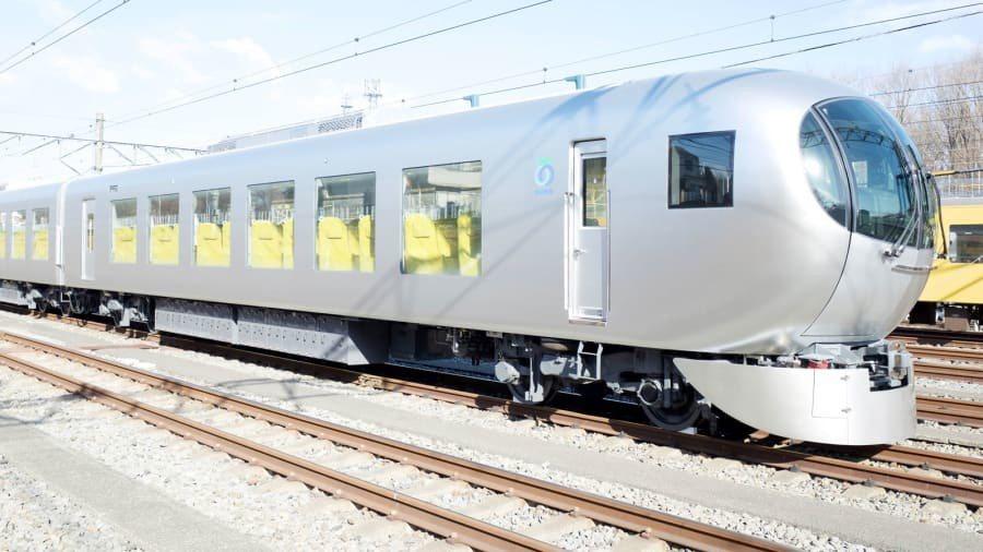 日本西武鐵路公司今年三月啟用新型特急電車001系,出自名建築師妹島和世之手,從極...