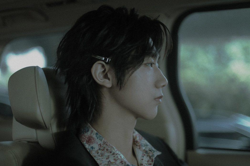 選秀節目「明日之子」出身的孟子坤出道2年發片,獲薛之謙稱為唱歌天才。圖/杰思國際...