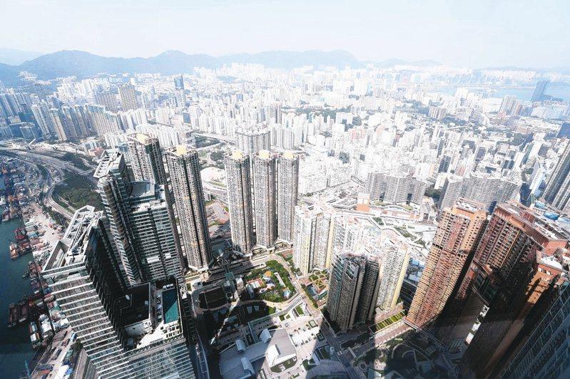 為化解房價居高不下累積的民怨,港府將對地產商徵收房屋空置稅。 中通社