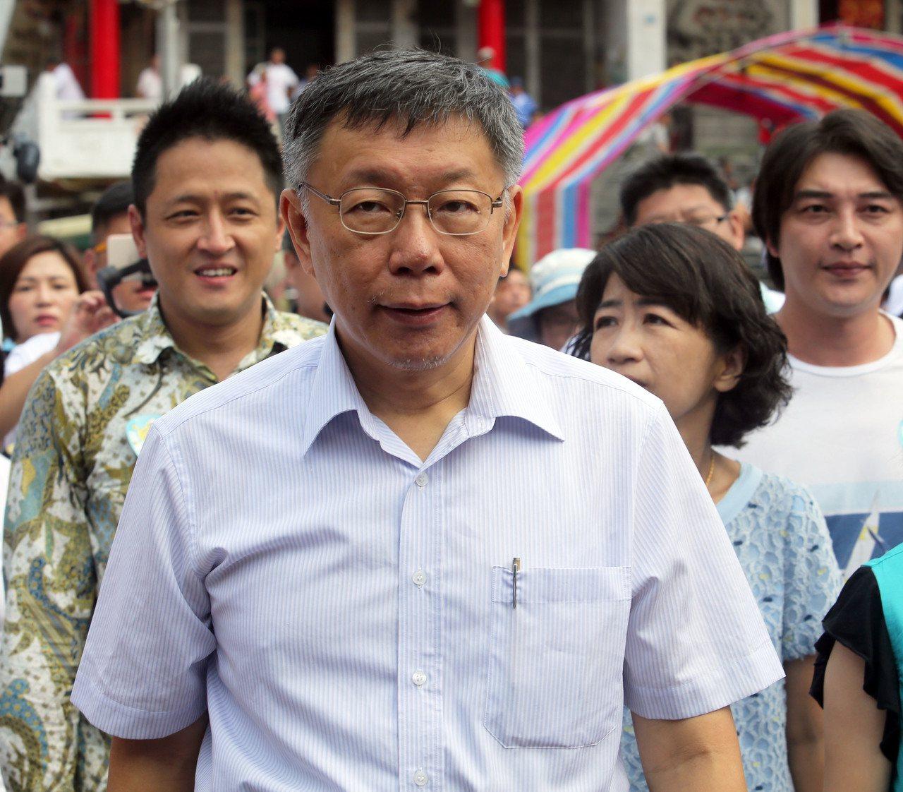 台北市長柯文哲(前)今天被問到國民黨總統參選人韓國瑜時表示,他覺得對國民黨來講,...