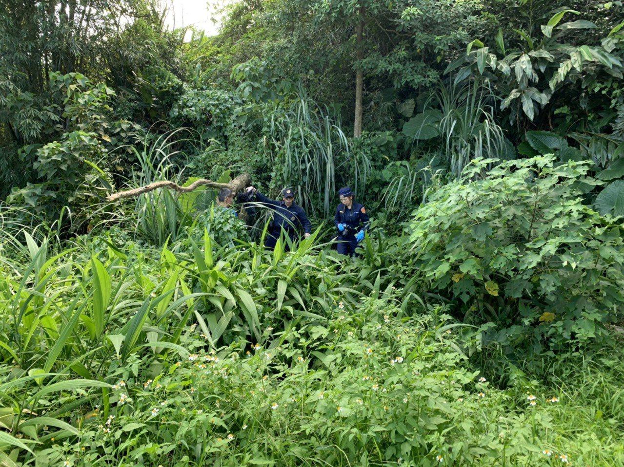 另一名林姓嫌犯也於昨日在屏東一處偏僻民宿旁捕獲。記者高宇震/翻攝