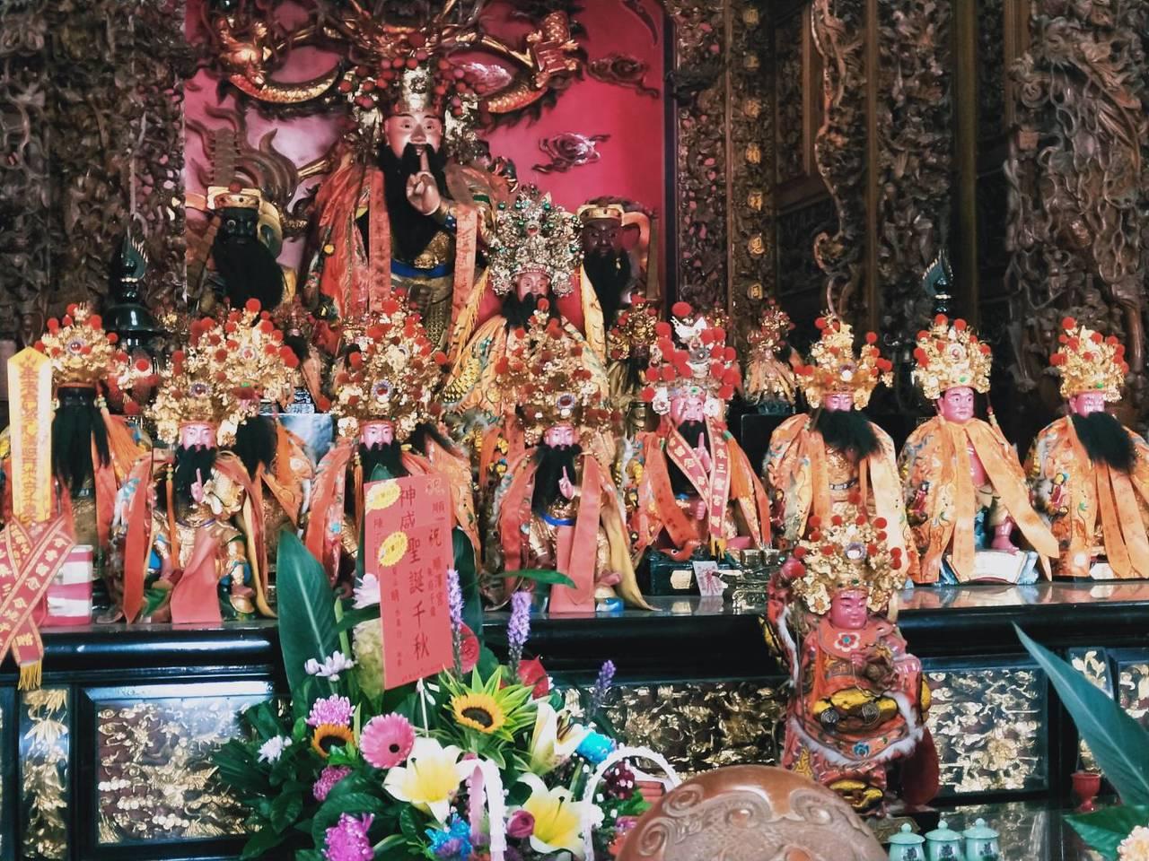 埔鹽順澤宮供奉1尊不多見的泥塑的玄天上帝,傳說非常靈驗。記者何烱榮/攝影