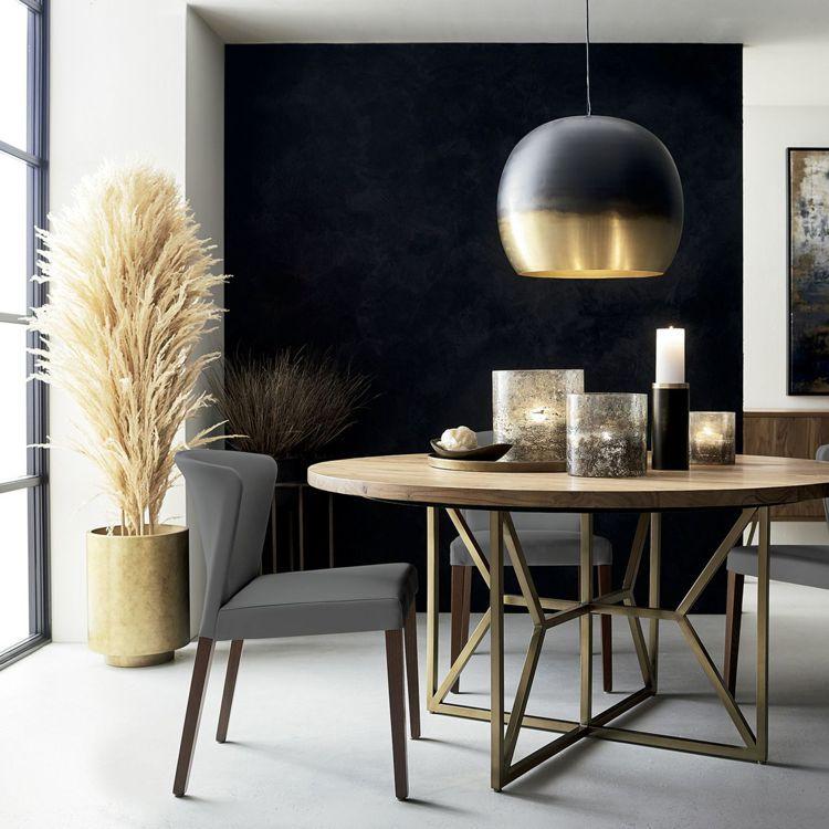 侷限空間在家具選擇上,餐桌、茶几等大型家具可用圓桌取代方桌。圖/Crate an...