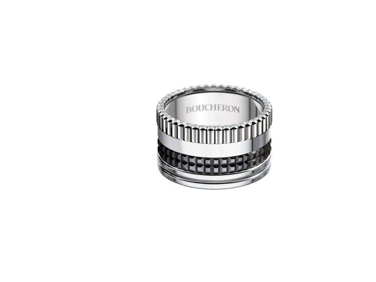 黃景瑜配戴寶詩龍Quatre Black寬版指環,17萬元。圖/寶詩龍提供