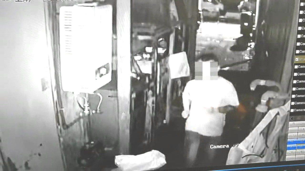 張姓男子10天內在北市中山區竊取住戶財物5次,其中1次還偷得50萬元現金,被警方...