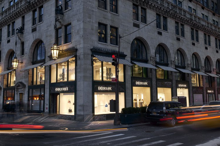 DELVAUX美國首間旗艦店日前在紐約第五大道開幕。圖/DELVAUX提供