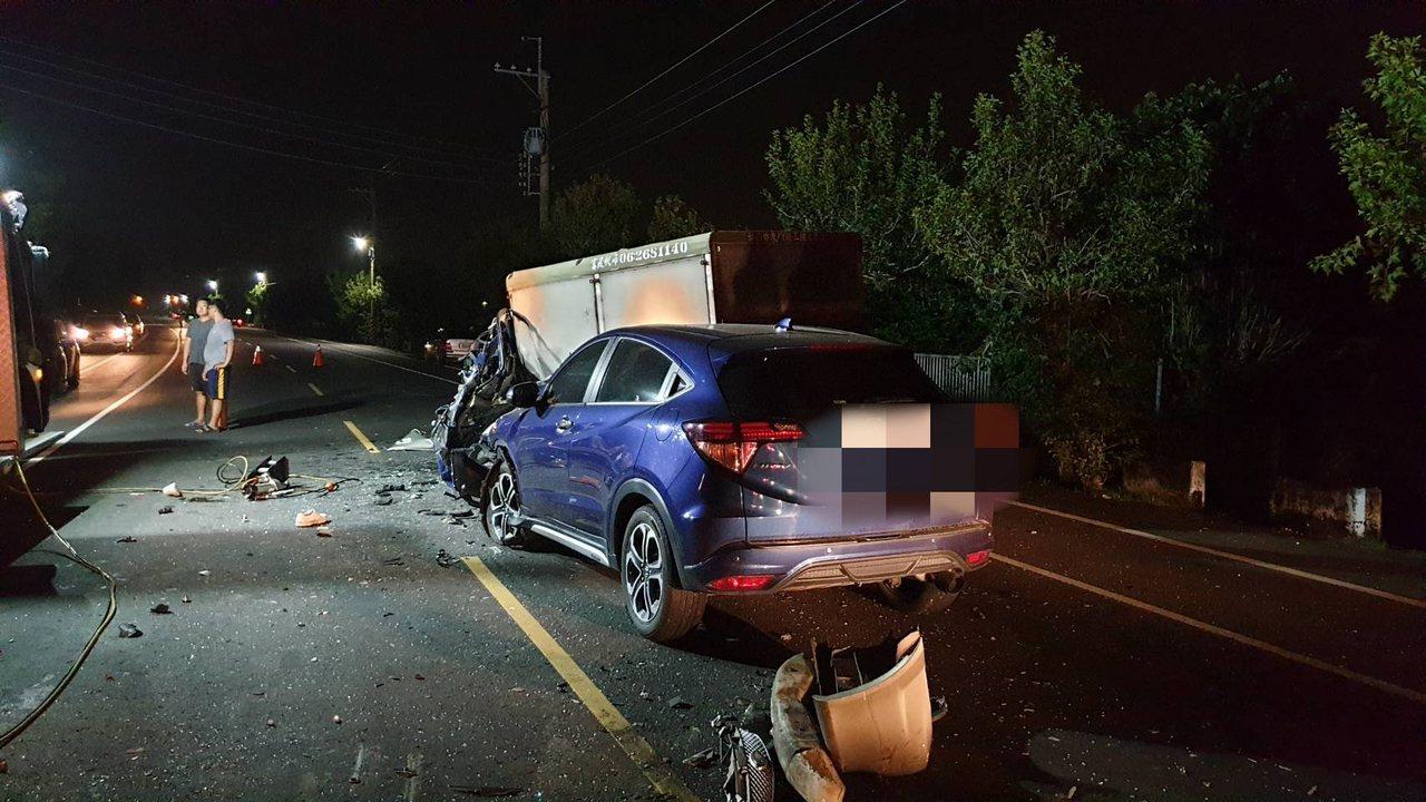 台南173市道七股段晚間發生重大車禍。記者吳淑玲/翻攝