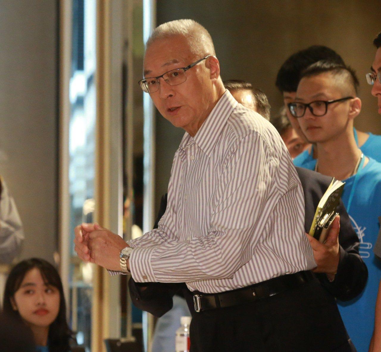國民黨主席吳敦義被問到有沒有聯絡上郭台銘,又如何挽留郭台銘說,我不能多講。記者黃...