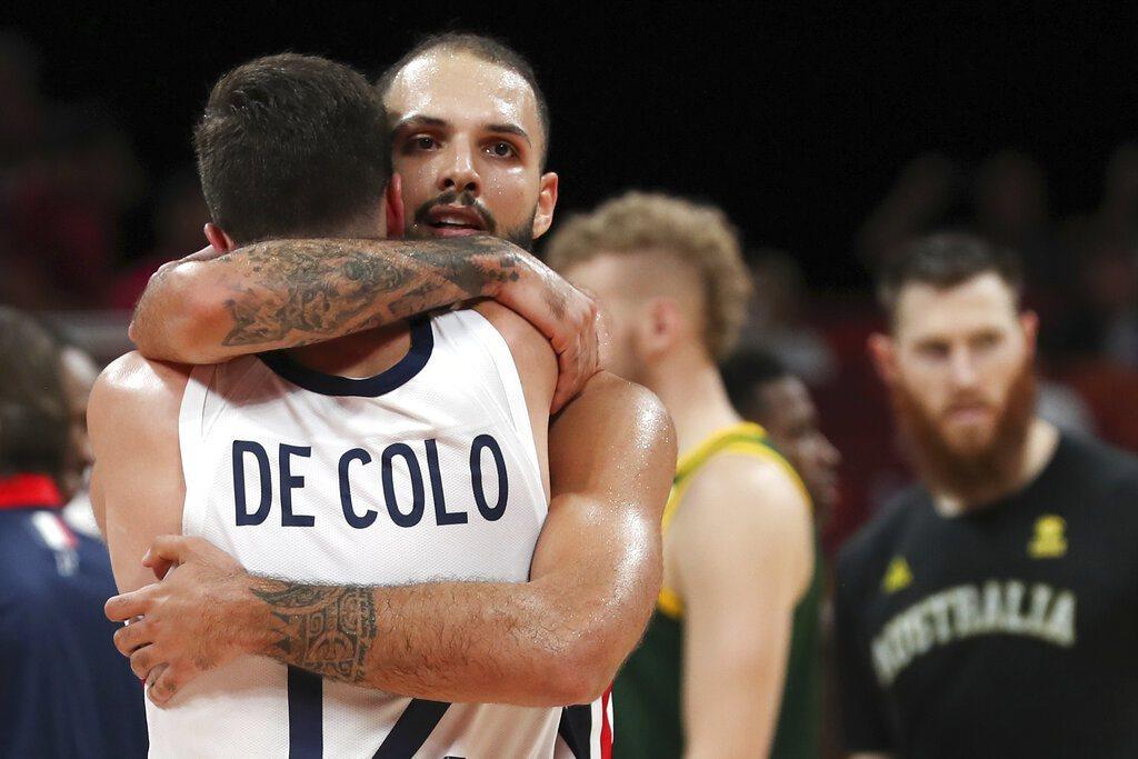 法國隊靠佛尼爾和迪克洛演出逆轉秀,擊敗澳洲奪得世界盃季軍。 美聯社