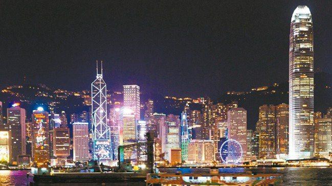 三個月過去,香港的反送中運動仍然沒有休止的跡象。圖為香港夜景。 本報資料照片