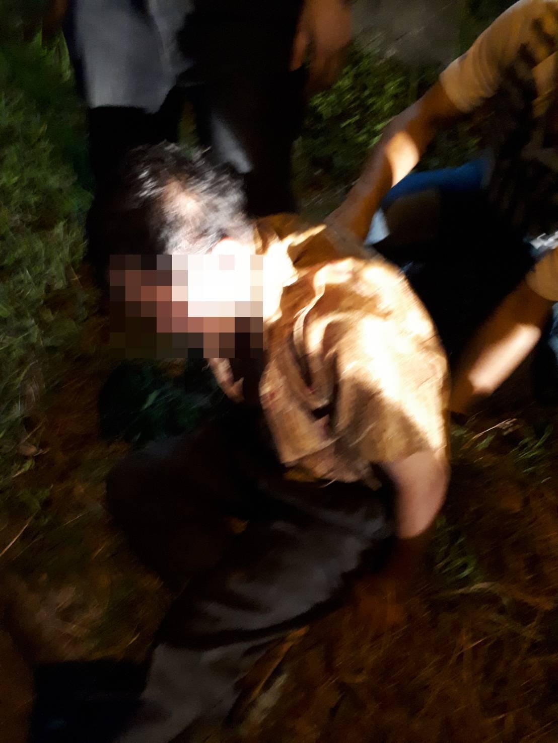 警方在斗南交流道下,將陳嫌壓制逮捕。記者卜敏正/翻攝