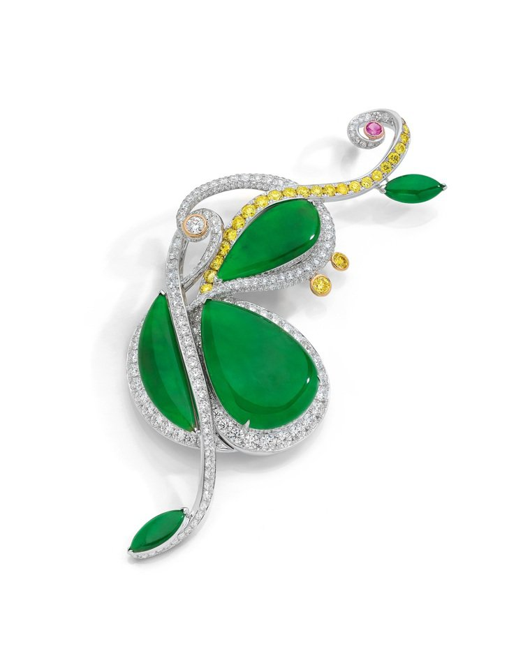 ANNA HU絲路音樂系列大提琴翡翠胸針,預估約1,100萬元。圖/ANNA H...