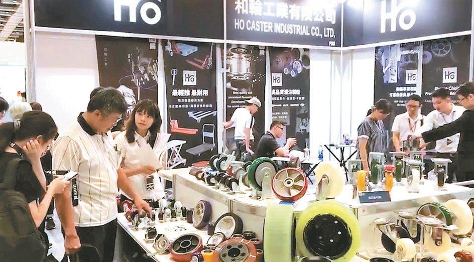和輪工業「HO」品牌團隊持續研製獨特優質的腳輪,以高品質於展示會場贏得客戶採用。...