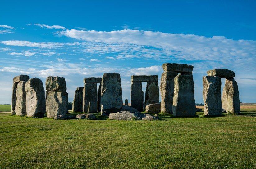神秘史前建築遺跡「巨石陣」、古羅馬帝國時代建造的「羅馬浴場」等可融合成一日行程。...