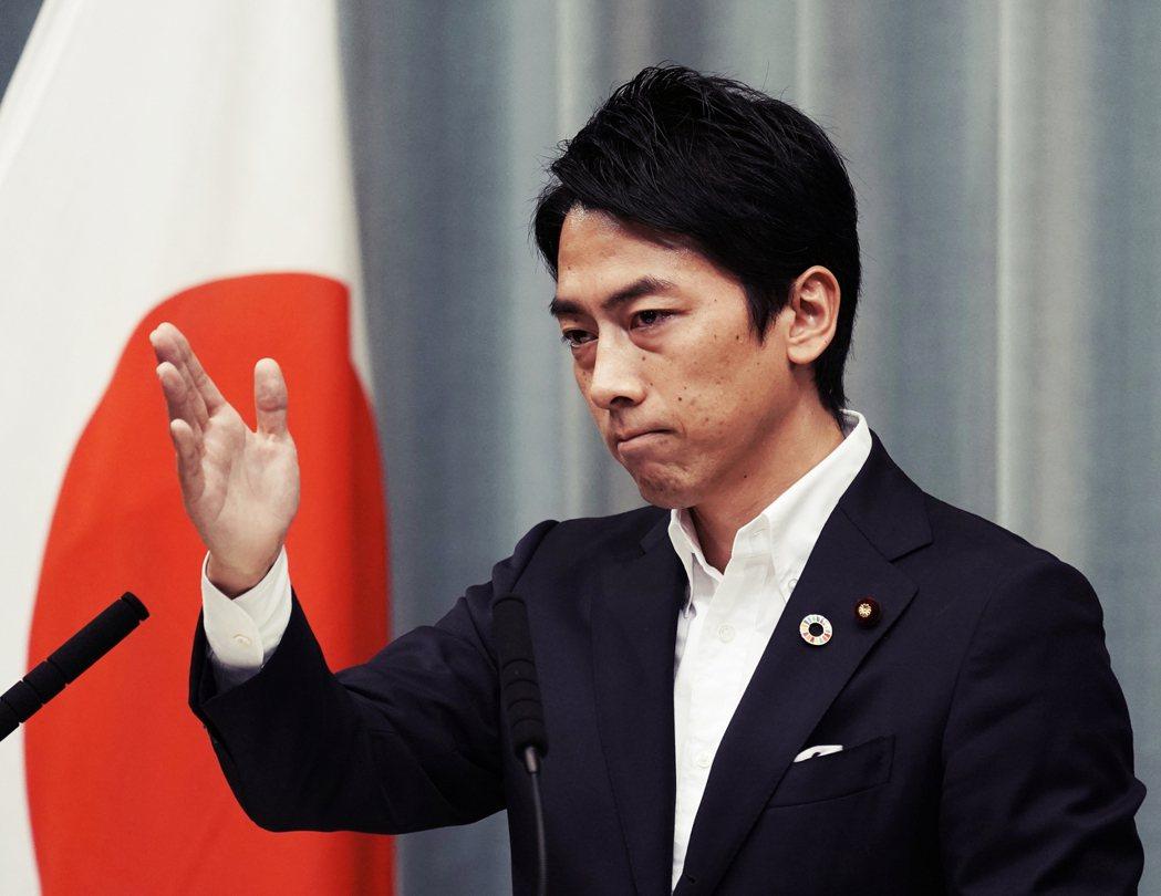 在內閣改組中成為矚目焦點的新任環境省大臣——小泉進次郎——表示,針對政府的質疑「...