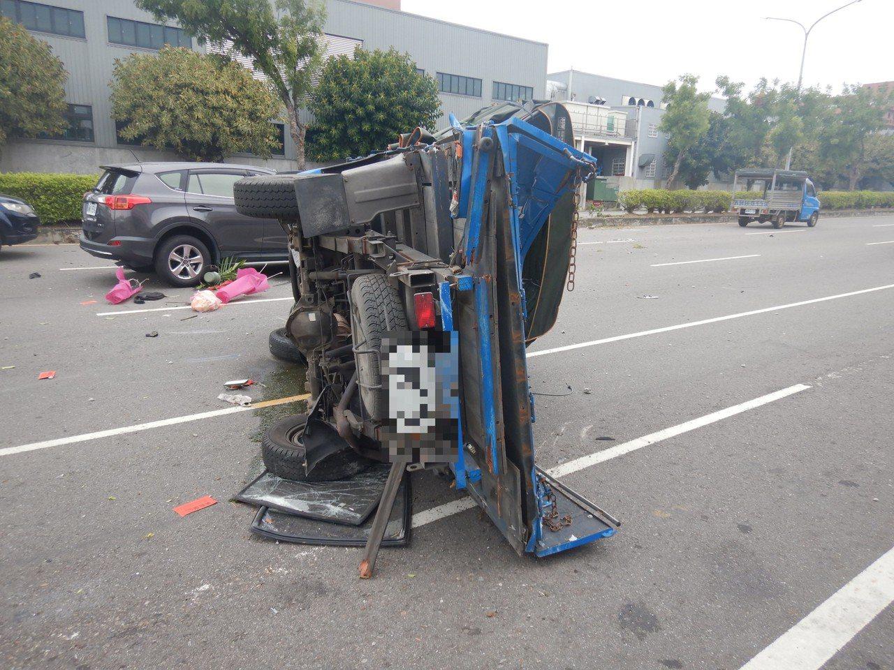 台中市清水區昨天發生車禍,6人受傷。記者游振昇/翻攝