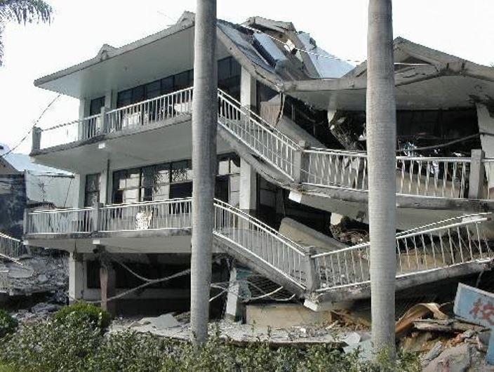 921地震校舍災損。圖/國研院提供