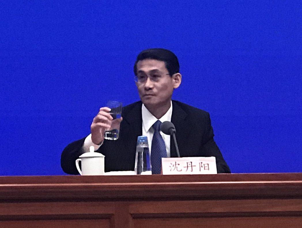 海南省副省長沈丹陽說明海南推動自貿區要有耐心。特派記者陳言喬/攝影