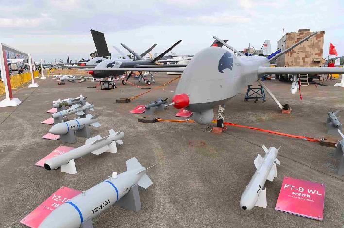 珠海航展上亮相的「翼龍」無人機 。(香港01)